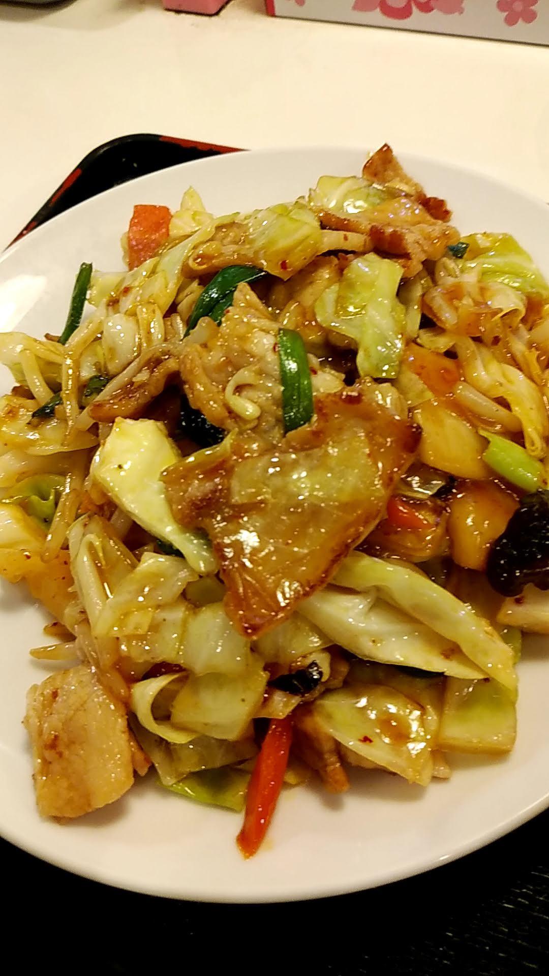 写真:肉と野菜のピリ辛炒め拡大