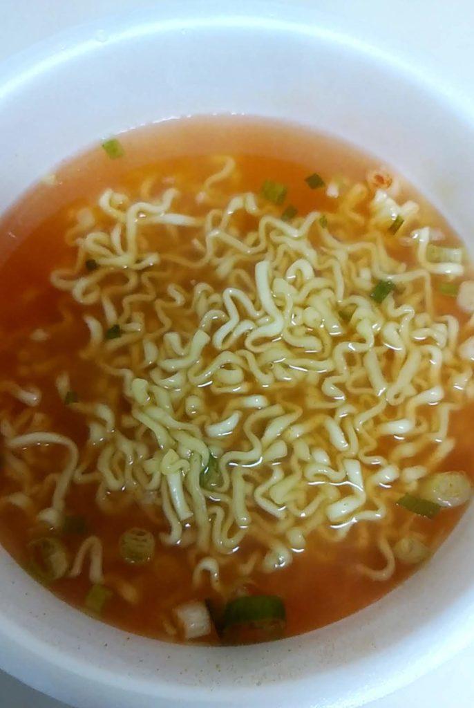 液体スープを入れる前の辛辛魚