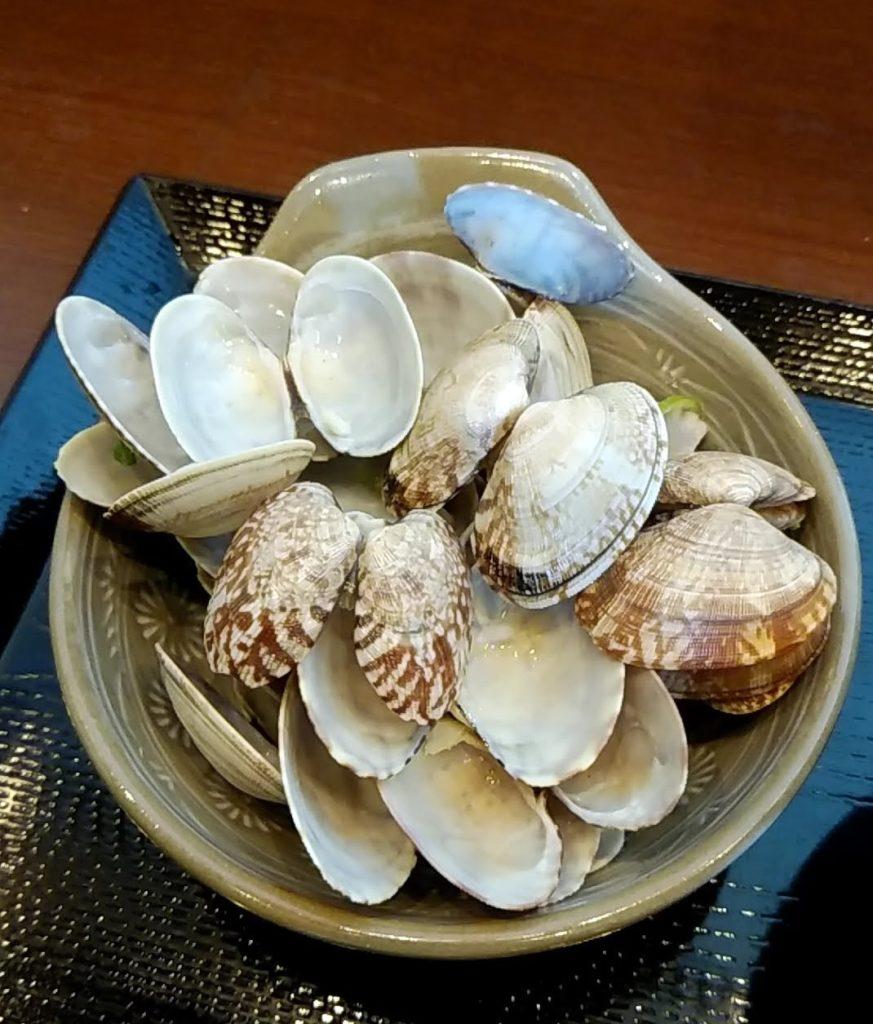 あさりうどんの貝殻